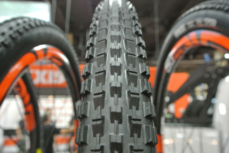 The engineers at Maxxis have been busy trying to keep up with all the recent changes in wheel sizes. On display in their booth was a bevy of new tread patterns, sizes, and casing options.Starting ...